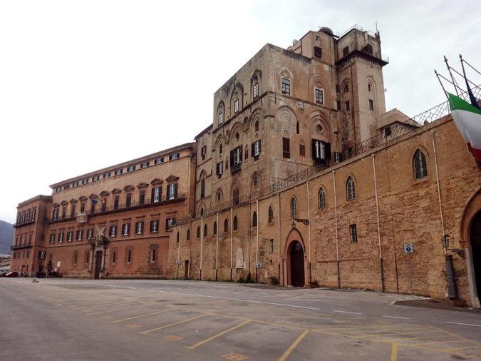 Palazzo dei Normanni, sede dell'Ars (foto Lasterketak)